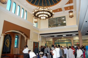 The main musallah in the Islamic Center of San Gabriel Valley. (icsgv.com)